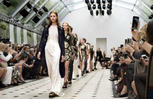 Moda 300x195, Como influye el marketing en la industria de la moda